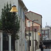 Installation d'abats jours sur 13 lampadaires/jour.