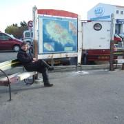 Mémoire - 2009 - Panneau d'affichage / banc public ,  bois de bateaux métal.