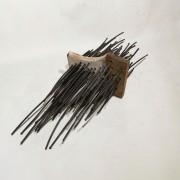 Intrus - 2020 - bois et métal - 50 x 20 x 25 cm
